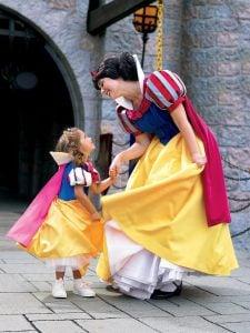 Disneyland® Park ticket hotel