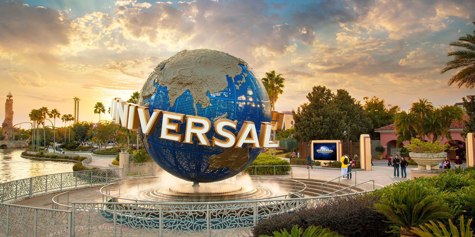 UNIVERSAL ORLANDO RESORT™ in the Fall