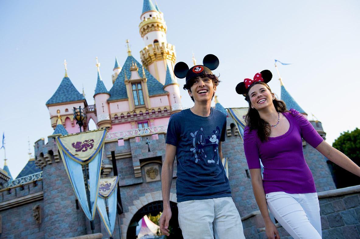 Disneyland® Resort and Universal Studios Hollywood™